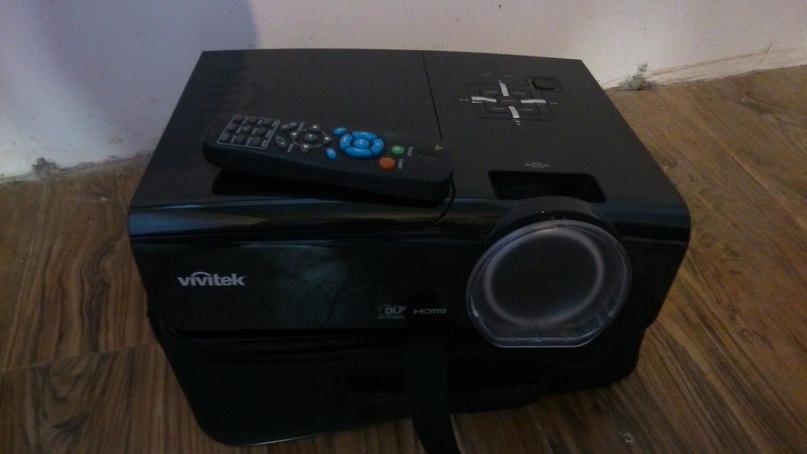 Продается проектор Vivitek D945VX