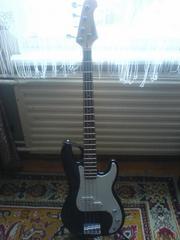 Продаётся бас-гитара Elenberg EG - 3060